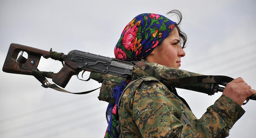 Ces femmes qui combattent Daech à Raqqa