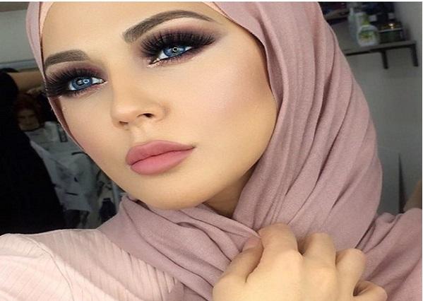 non le maquillage n 39 est pas haram en islam what the fake. Black Bedroom Furniture Sets. Home Design Ideas